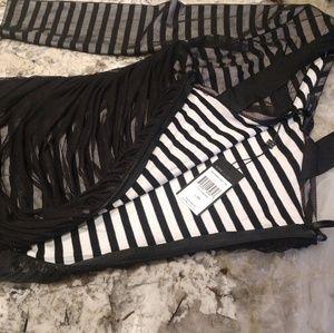BCBG Dresses - BCBG stretch body dress